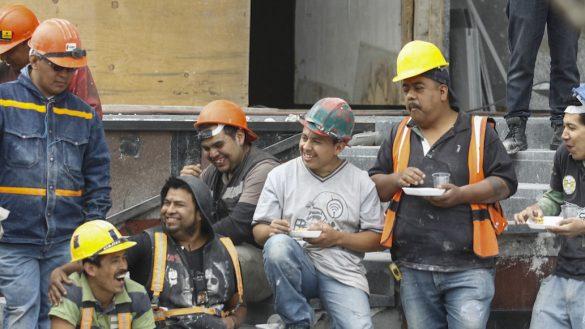 albañiles-unam-mexico-certificacion-planos-arquitectura