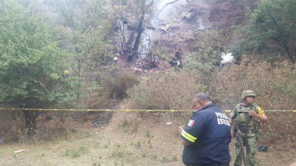 Todo lo que sabemos de la aeronave que se desplomó en Atizapán; al menos un muerto