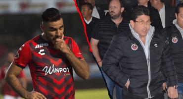 Fidel Kuri amedrentó a jugadores de Veracruz para no quejarse de adeudos, asegura 'La Palmera' Rivas