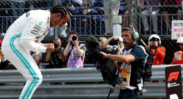Hamilton le arrebata la pole position a Bottas en otro monólogo de Mercedes en Mónaco