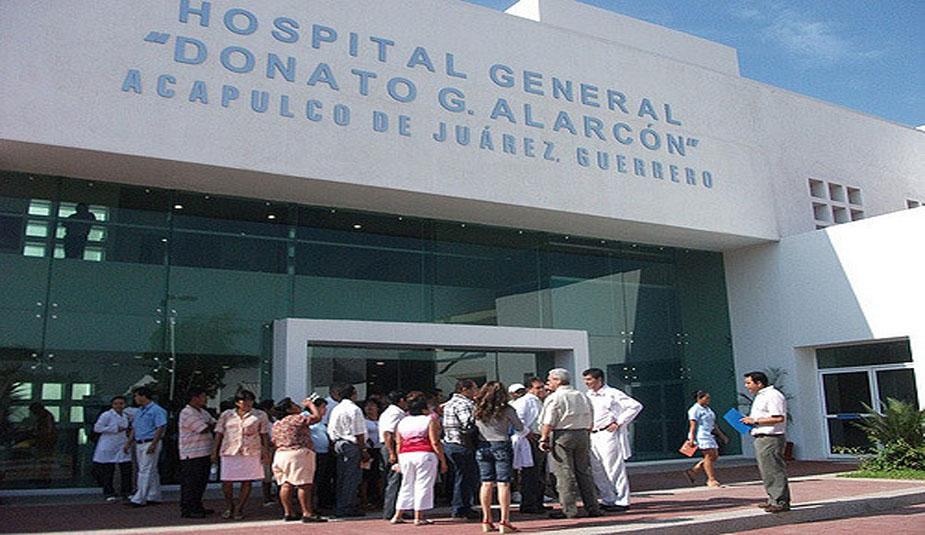 Grupo armado irrumpe en hospital y