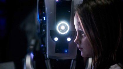 'I am Mother': Una madre robot y el futuro de la humanidad en un solo tráiler