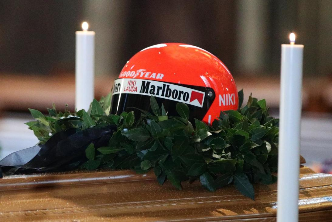 En imágenes: Aficionados y celebridades despidieron a Niki Lauda, leyenda de Fórmula 1