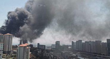 Reportan fuerte incendio en la zona de Santa Fe en la CDMX