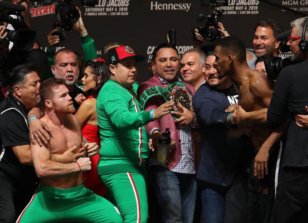 """""""'Canelo' no está entre los 3 mejores boxeadores mexicanos de la historia"""": Julio César Chávez"""