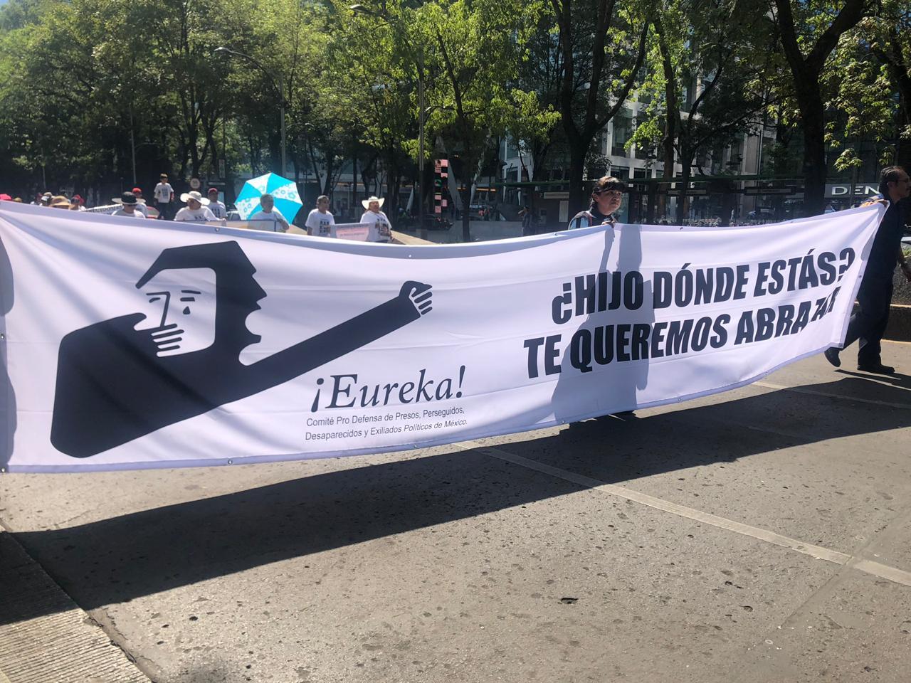 marcha-10-mayo-mamas-desparecidos-fotos-10