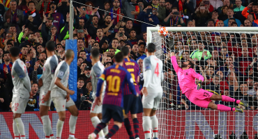 En videos, así se vivió el golazo de Messi en la Champions desde las gradas del Camp Nou