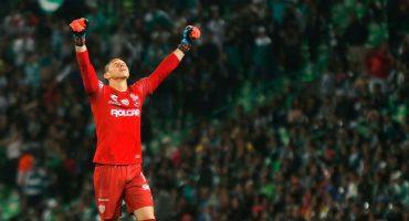Rayados impediría que Hugo González se convierta en jugador de las Chivas
