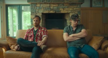 The Black Keys va a terapia de 'pareja' en el video musical de 'Go'