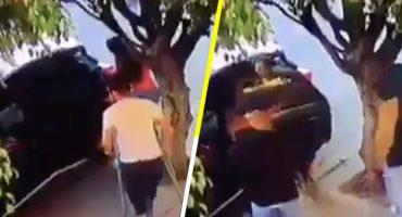 ¡Qué poca tienen! Asaltan y roban camioneta a hombre en muletas 😡