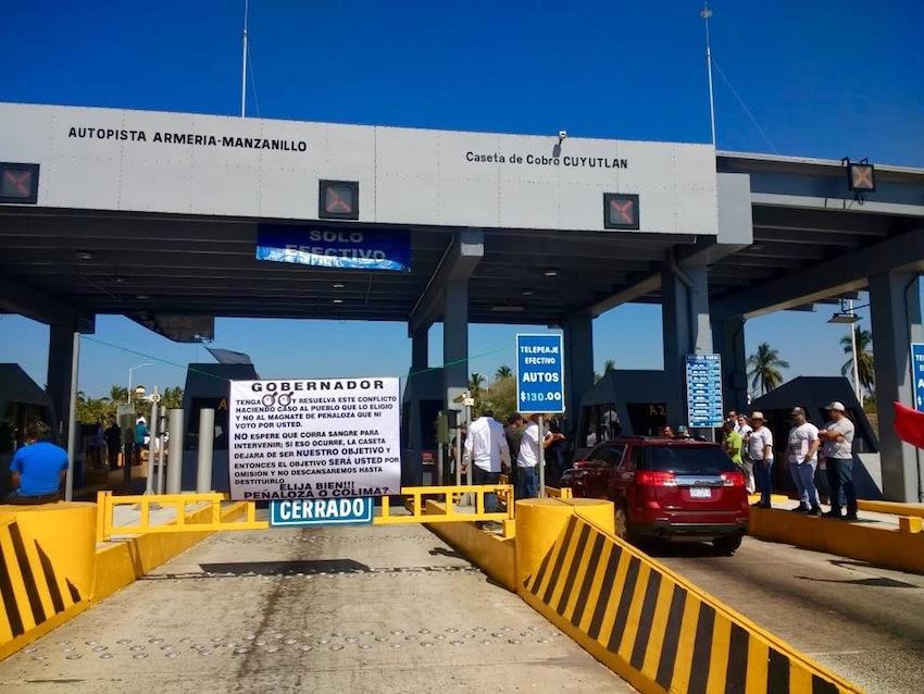 AMLO anuncia que ya no se pagará peaje en caseta Cuyutlán, en Colima
