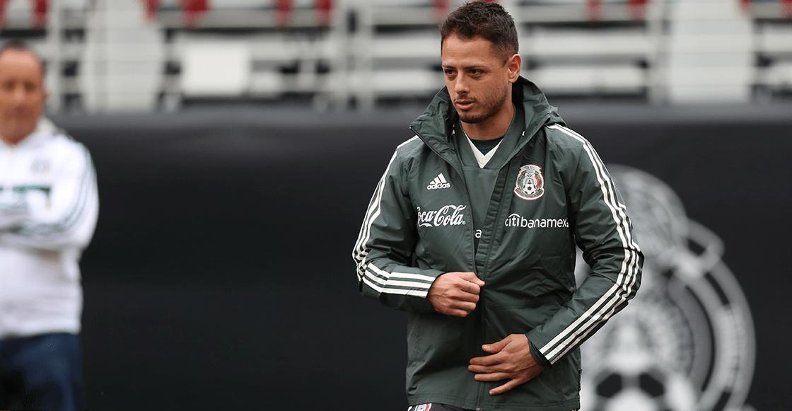 ¡Lo aman o lo odian! 'Chicharito' es el futbolista más mencionado en México