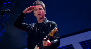 Noel Gallagher y sus High Flying Birds están de vuelta con 'Black Star Dancing EP'