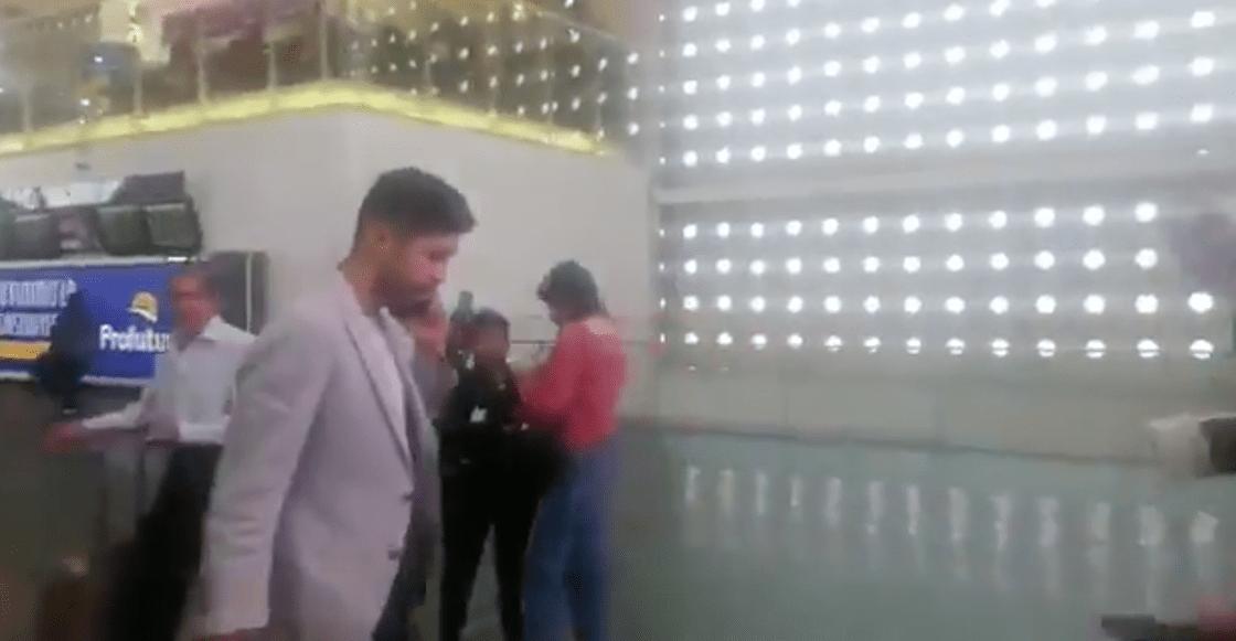 ¿Y la afición? Oribe Peralta llegó a Guadalajara y no lo recibió NADIE