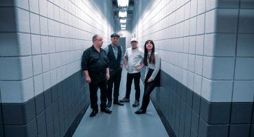 Hey! Pixies está de vuelta con una nueva canción