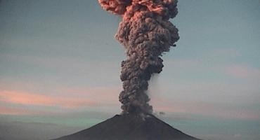 El Popocatépetl registra explosión; sigue la alerta en Amarillo Fase 2