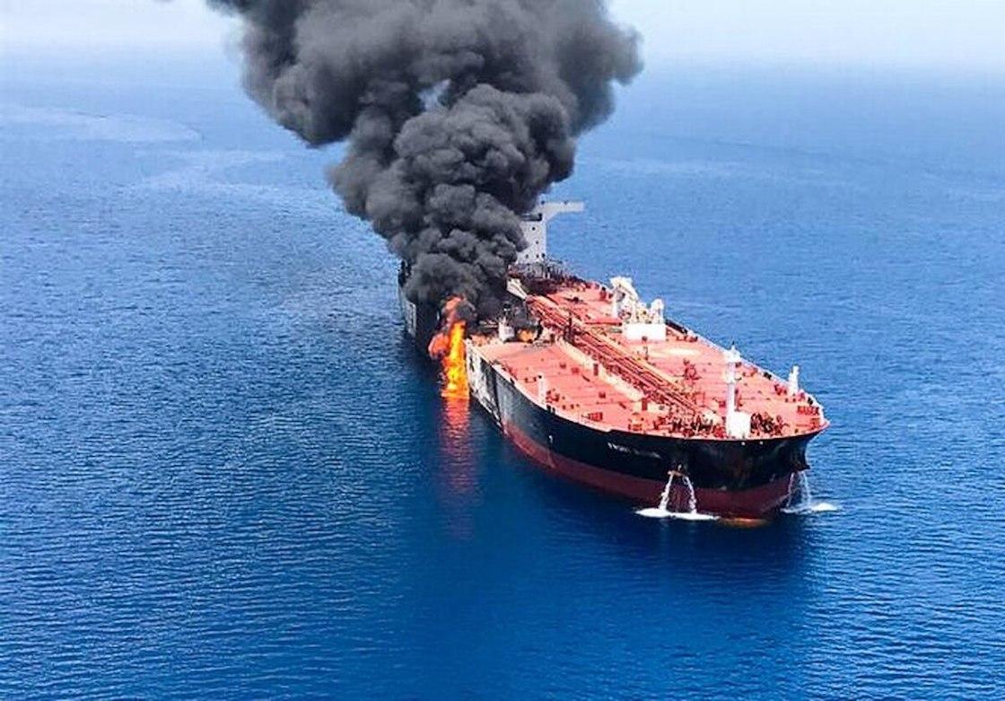 ataque-buques-petroleros-oman-iran-estados-unidos-02