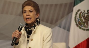 Otra renuncia, Beatriz Pagés deja al PRI: