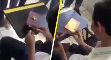 Estudiantes arman la cooperacha para comprarle un celular a amigo de escasos recursos 😭❤️