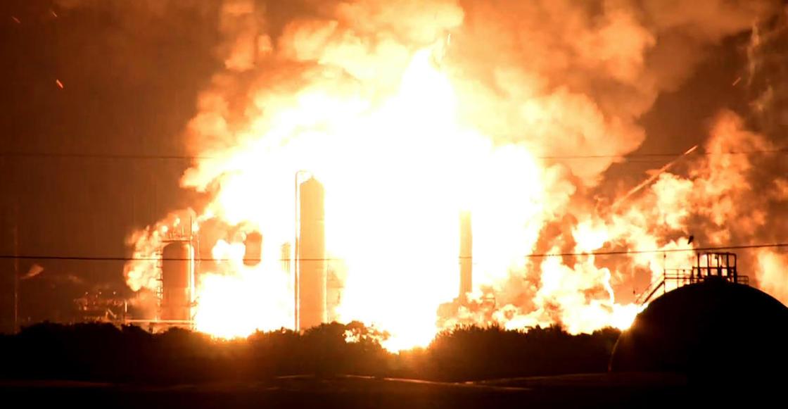 explosion-refineria-filadelfia-estados-unidos-explota