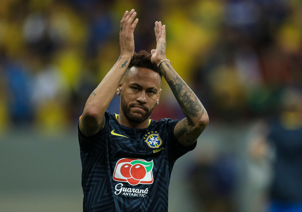 Más problemas para Neymar: hacienda le bloqueó 30 propiedades por evasión fiscal
