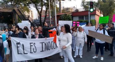Rezando, exigen la liberación del sacerdote vinculado con el caso de Leonardo Avendaño