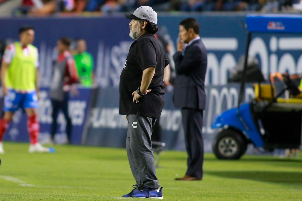 ¿Adiós Dorados? Maradona se postuló para ser DT del... ¡Manchester United!