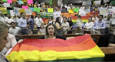 Morena investigará a diputados que dijeron no al matrimonio igualitario en Sinaloa