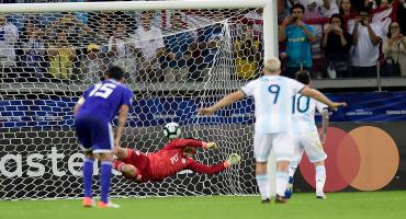 El polémico penal con el que Messi rescató a Argentina ante Paraguay en la Copa América