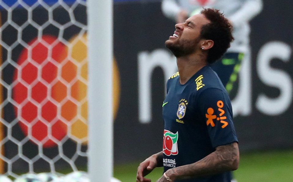 Neymar reveló los mensajes 'íntimos' con la mujer que lo acusa de violación