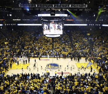 El Oracle Arena albergó su último juego de NBA ¿Ahora dónde jugarán los Warriors?