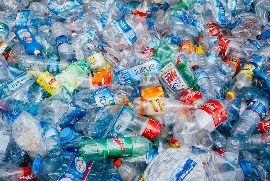 Podios olímpicos de Tokio 2020 serán de plástico reciclado