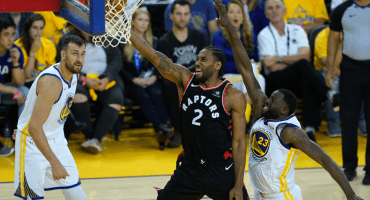 Curry hizo 47 puntos, pero Toronto recupera la ventaja en el tercer juego de la Final de la NBA