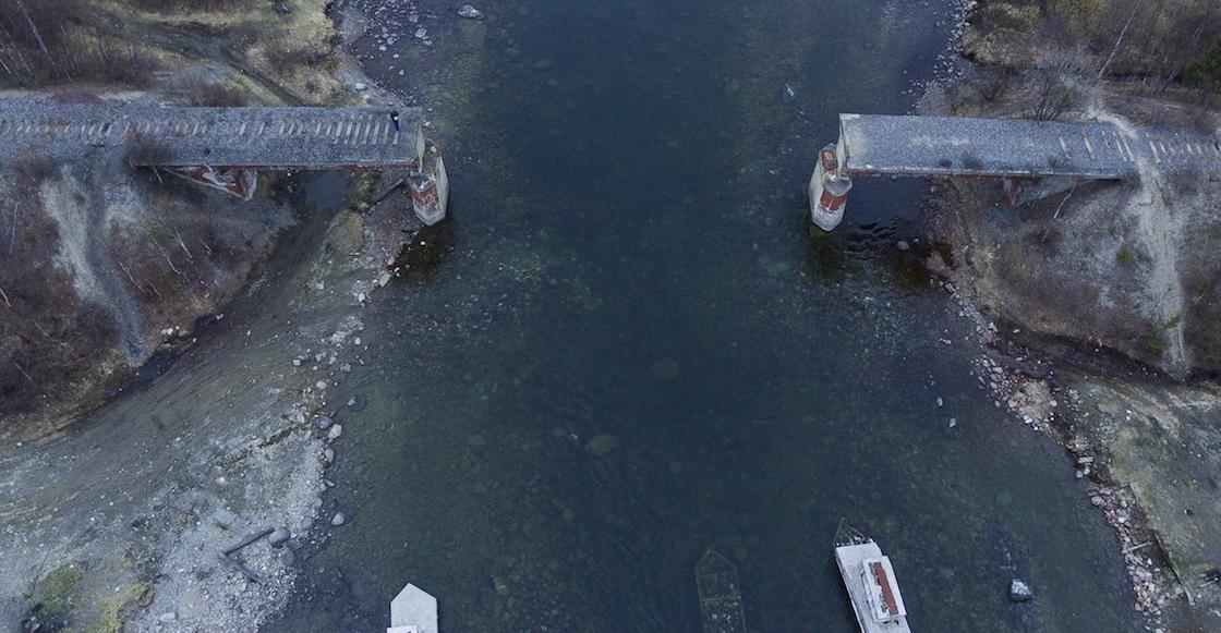 WTF?! Unos ladrones en Rusia se robaron un puente de 23 metros