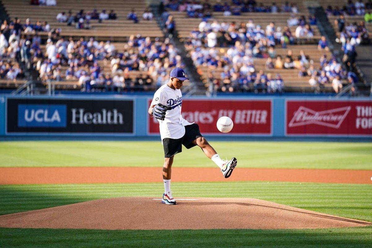 Mbappé se convirtió en jugador de los Dodgers por un día