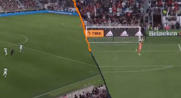 El golazo de Wayne Rooney detrás de media cancha en la MLS