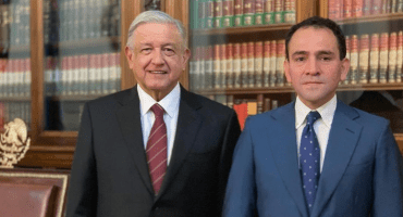 AMLO acepta renuncia de Urzúa, pero