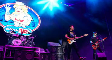Blink-182 te pegará duro en la nostalgia con su nuevo sencillo