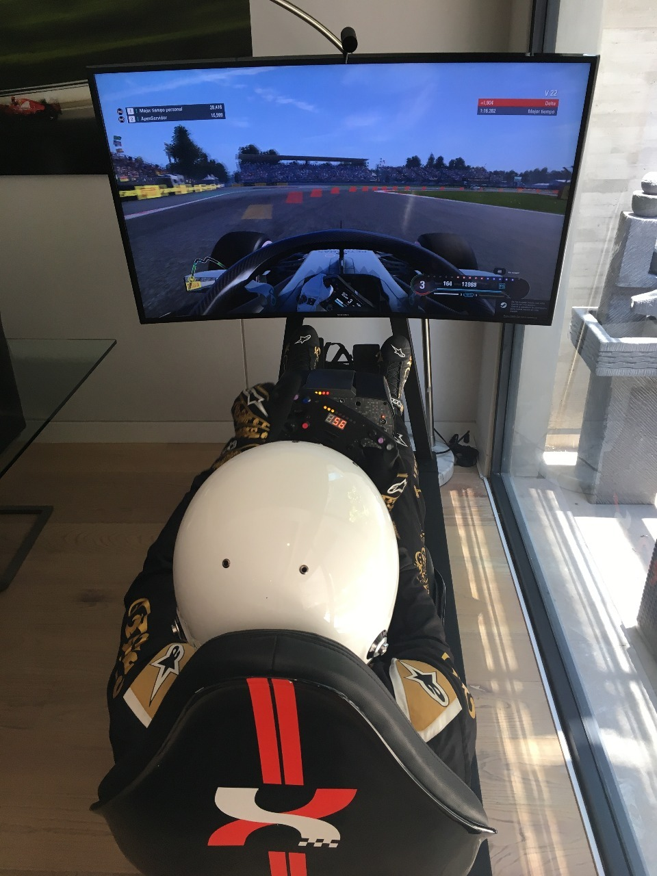 ¿Eres fan de la Fórmula 1? ¡Te llevamos al primer simulador profesional en México!