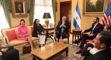 'No queremos dinero regalado, queremos ser aliados' dice el presidente de El Salvador a Mike Pompeo