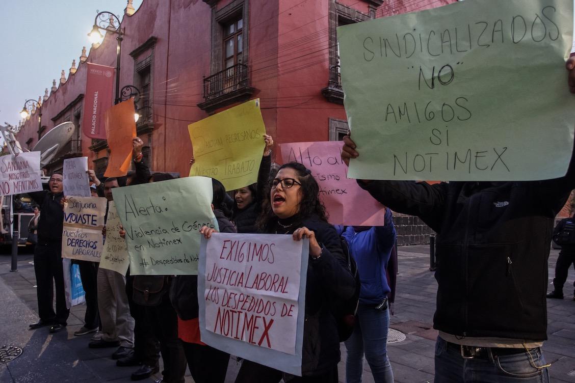 Protestas-extrabajadores-Notimex-Palacio-Nacional