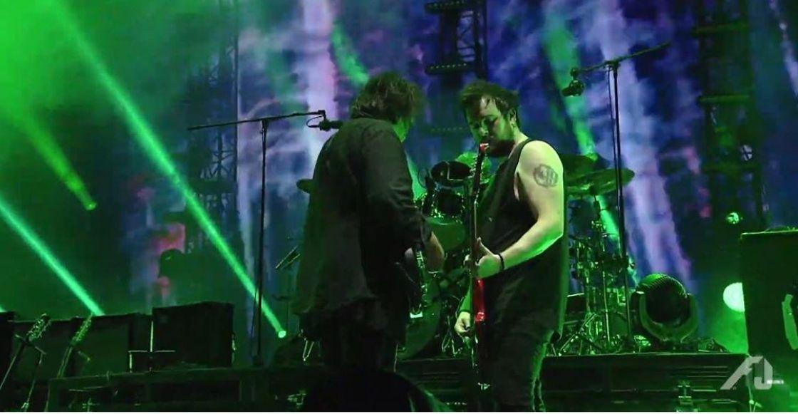Simon Gallup de The Cure fue reemplazado por su propio hijo para un concierto