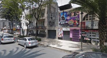 Presuntos cadeneros asesinan a joven en un bar de Zona Rosa