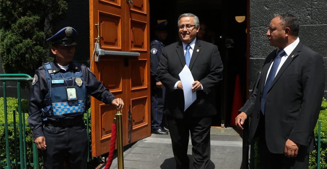 López Obrador ahora defiende la ampliación de mandato de Bonilla