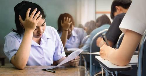 Los milagros existen: Singapur elimina los exámenes en la escuela