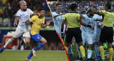 Árbitro del Brasil vs Argentina rompió el silencio tras polémica con Agüero y Otamendi