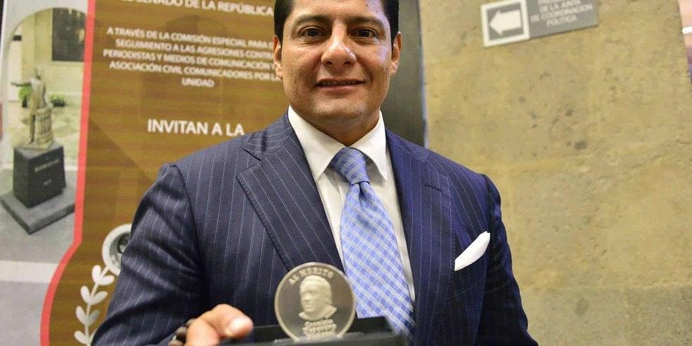 No más 'Lama lama lamita': Carlos Aguilar dejaría TV Azteca para fichar con Televisa