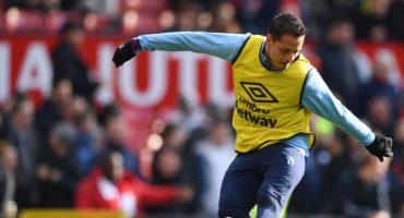 'Chicharito' confesó que su futuro en el West Ham es incierto y no depende de él