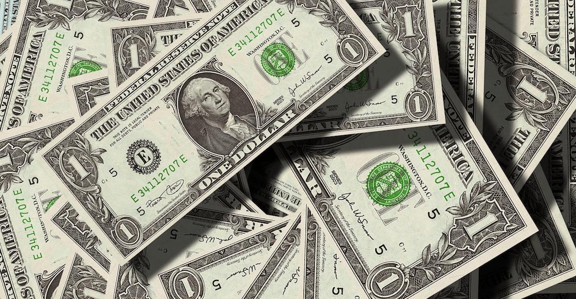 El dólar se dispara tras renuncia de Carlos Urzúa en la SHCP