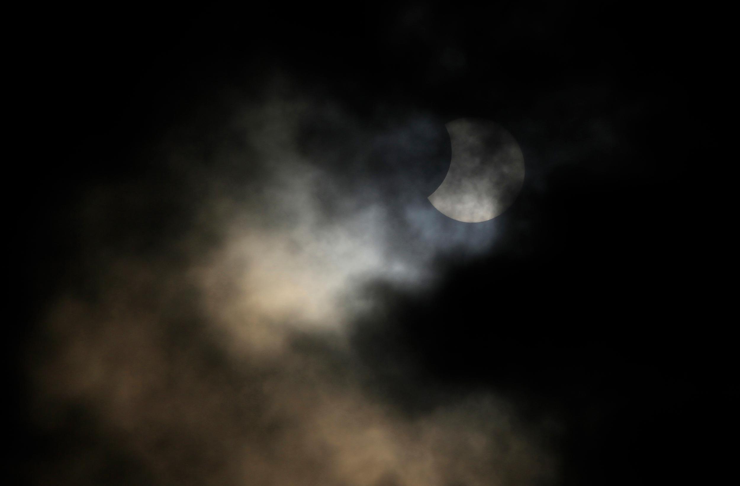 ¿Te perdiste el eclipse solar? ¡Acá te dejamos las mejores fotos!